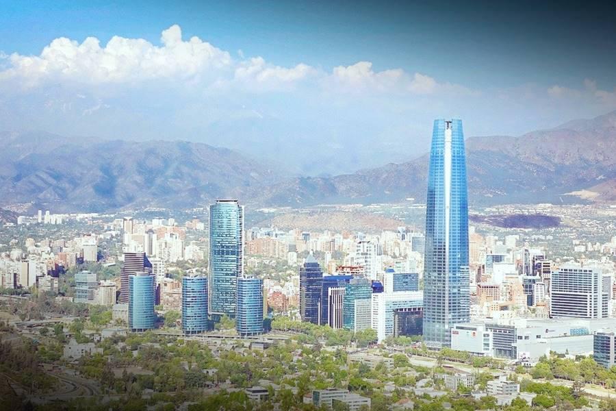 Visitar Santiago de Chile es algo que no podrás hacer en un día o dos.