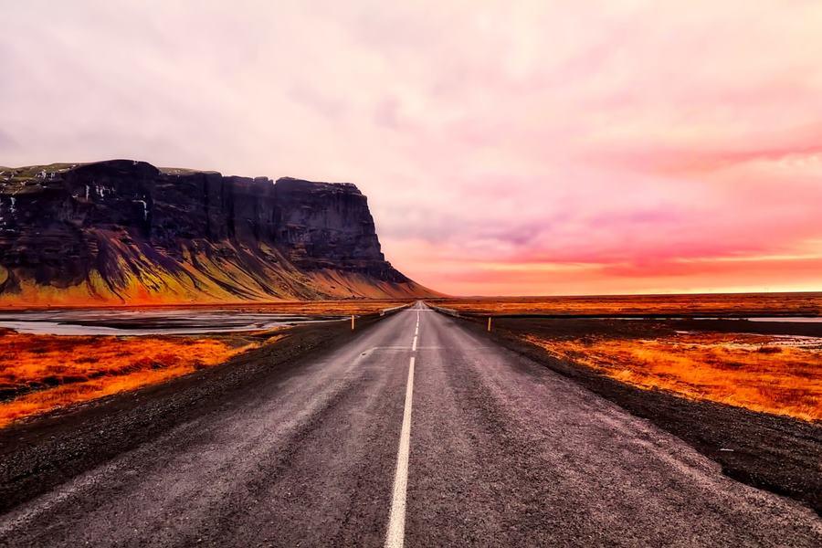 Los 7 mejores sitios que visitar en Islandia