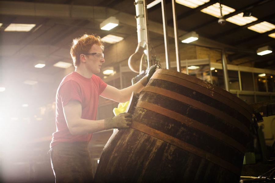 Cómo hacer un tour y cata de whisky en Escocia