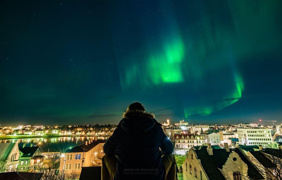 ¿Cuándo ver auroras boreales en Islandia?