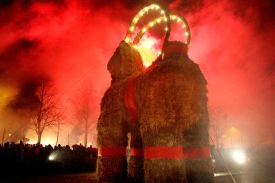 Cabra de Gavle ardiendo