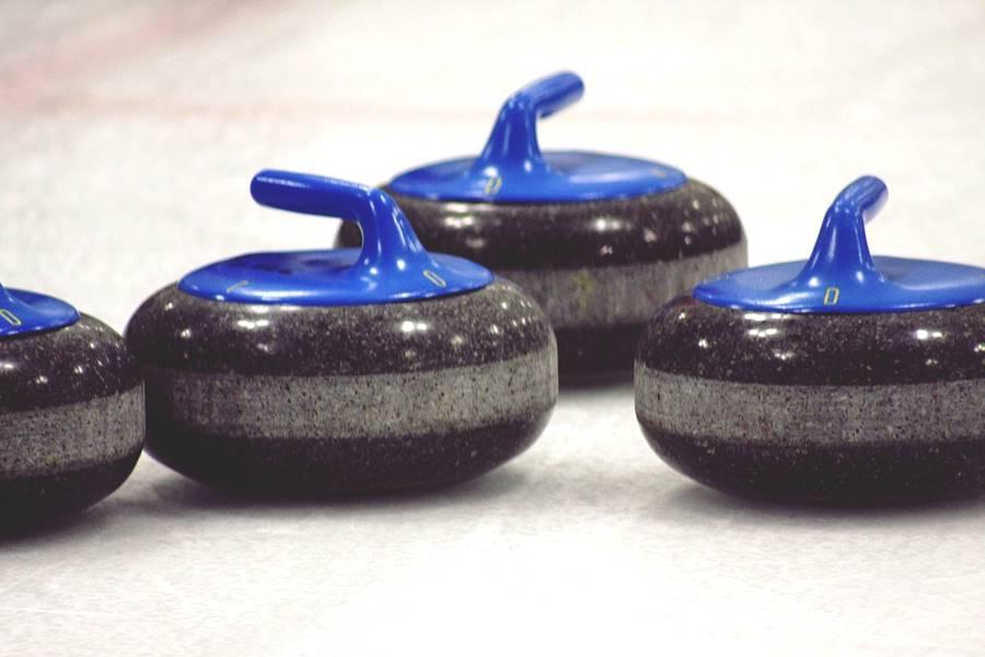 Piedras para jugar al curling.