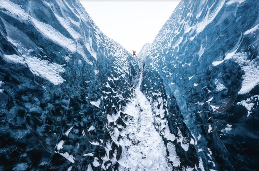 Interior de glaciar en Islandia.