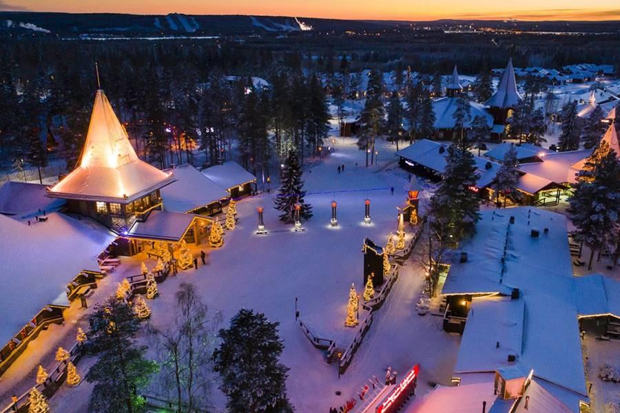 Cómo ver a Santa Claus en Finlandia - Vista aérea de Santa Village