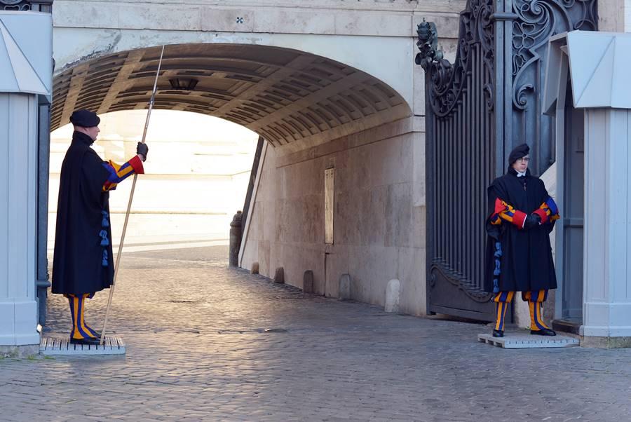 ver al Papa en el Vaticano - Guardia Suiza