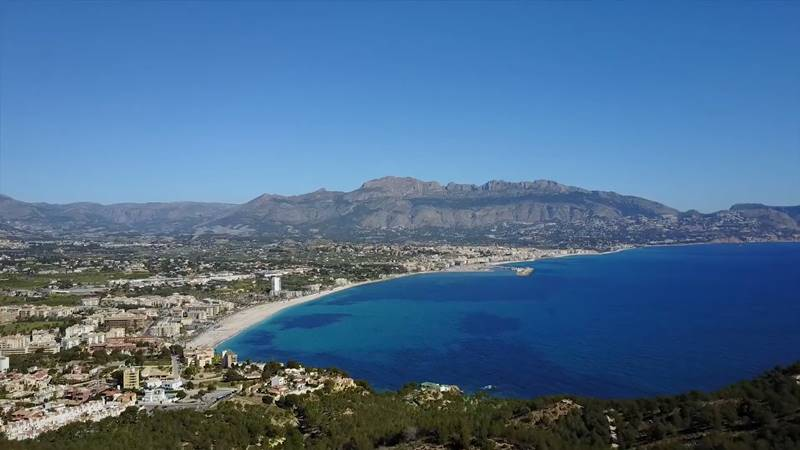 Combinar viaje y salud con los retiros detox de Alicante es una de las mejores opciones para descansar.